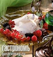 Рецепт Пломбир с розмарином и свежими ягодами