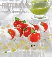Рецепт Капрезе с моццареллой и сахарным пореем