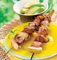 Рецепт Шашлычки из индейки с яблоком