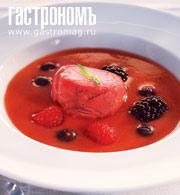 Рецепт Ягодный суп с малиновым мороженым