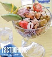 Рецепт Морской коктейль с оливками и авокадо
