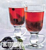Рецепт Компот из слив и черноплодной рябины