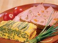 Рецепт Свинина, нашпигованная сыром и овощами