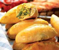 Рецепт Пирожки с солеными огурцами