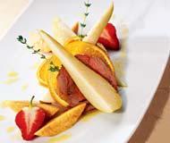 Рецепт Вареная говяжья вырезка с фруктами