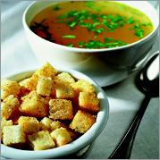 Рецепт Куриный бульон с перцем и гренками