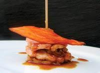 Рецепт Горячая закуска из свинины с ананасом