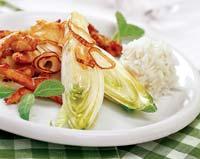 Рецепт Курица, запеченная с цикорием и шалфеем