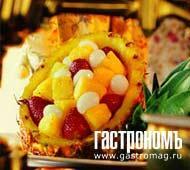Рецепт Десерт из ананаса с клубникой и личи