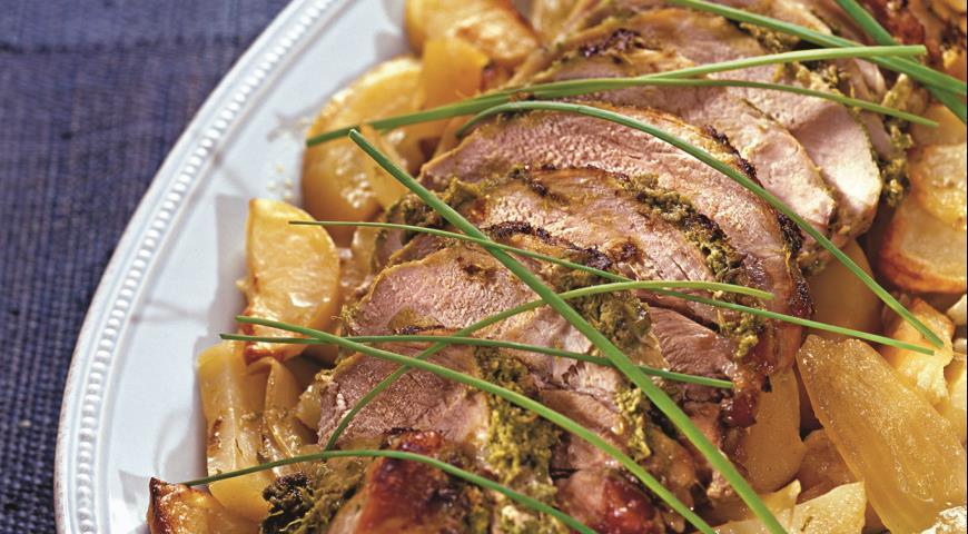 Рецепт Свинина, запеченная в духовке с картофелем и луком