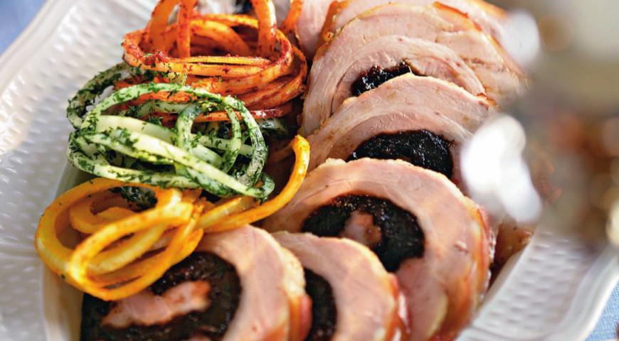 Рецепт Свиной рулет с черносливом
