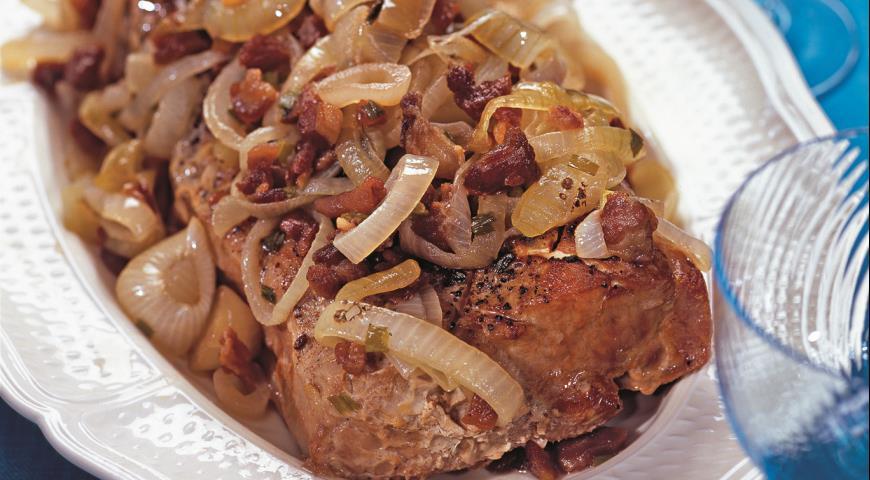 Рецепт Свиная корейка с карамелизованным луком