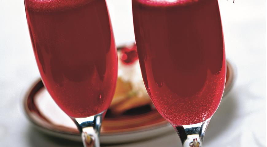 Рецепт Игристый фруктовый коктейль