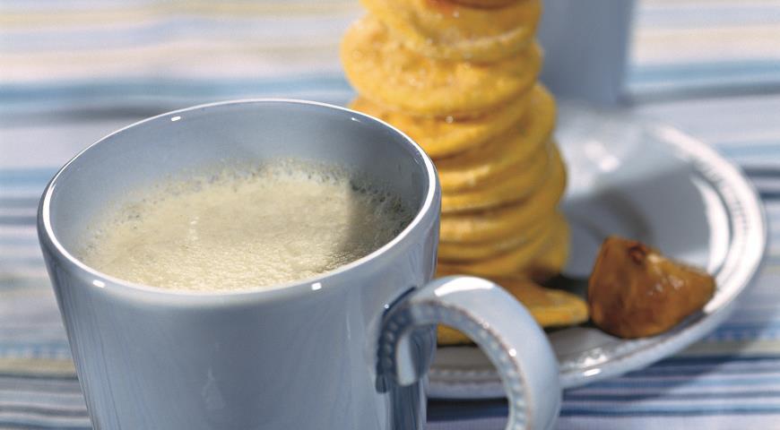 Рецепт Молочный напиток с инжиром и медом