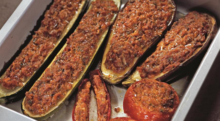 Рецепт Фаршированные баклажаны, цукини и помидоры