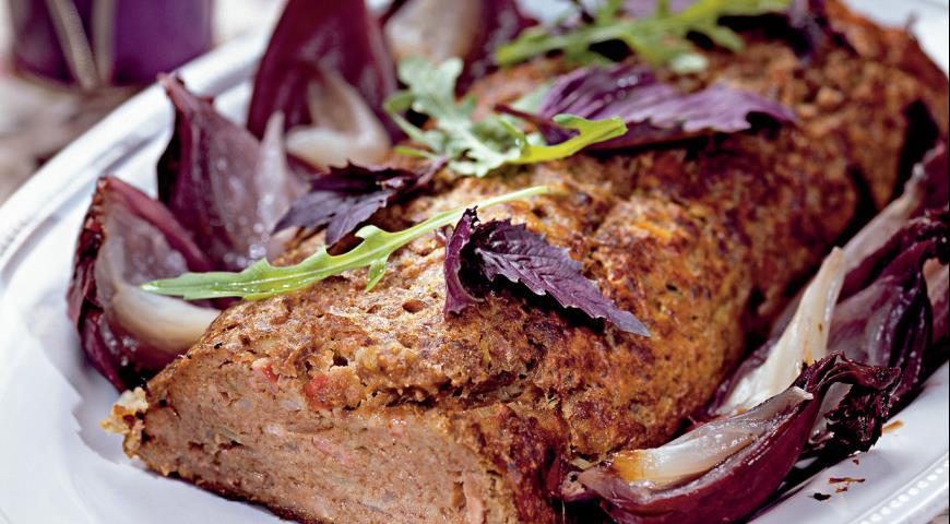 Рецепт Мясной хлеб с беконом и луком
