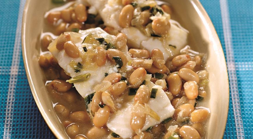 Рецепт Рыба-талисман на пару с фасолью и шафраном