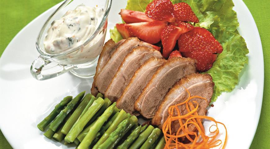 Рецепт Салат с клубникой