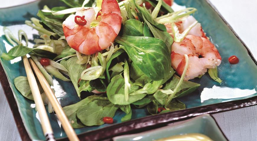 Рецепт Салат с сельдереем и креветками