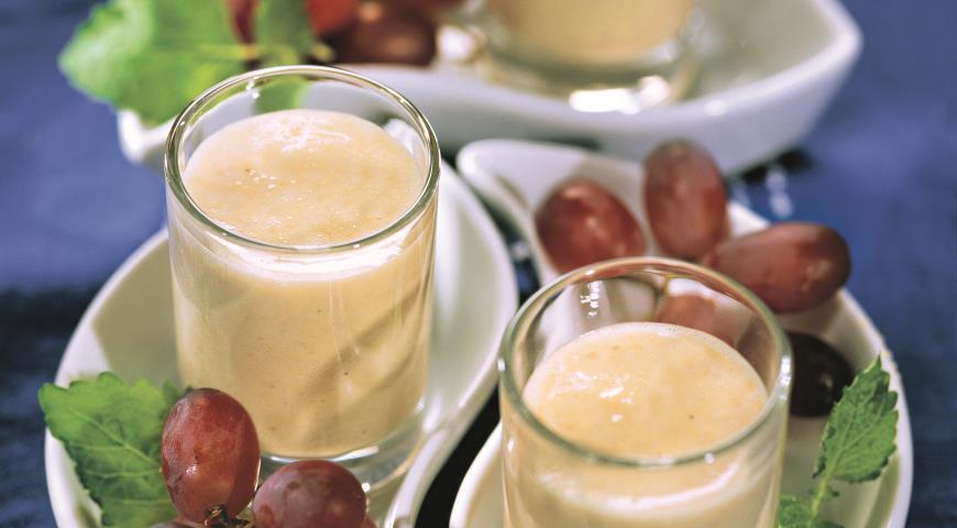 Рецепт Ахо бланко, испанский миндальный суп