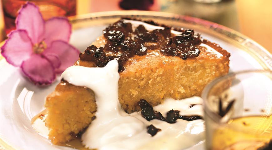 Рецепт Пирог из кускуса со сметаной и финиковым сиропом