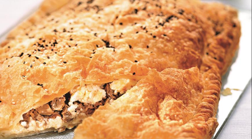 Рецепт Мясной пирог с творогом