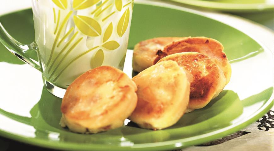 Рецепт Cырники с изюмом