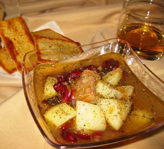 Рецепт Суп-гуляш по-ирландски с сырно-картофельными хлебцами