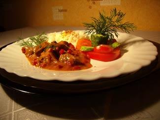 Рецепт Телятина, тушенная с брусникой