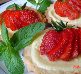 Рецепт Корзиночки с ванильным кремом и клубникой