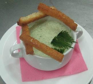 Рецепт Гороховый суп-пюре со шпинатом и крапивой