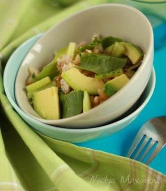Рецепт Салат из авокадо и курицы