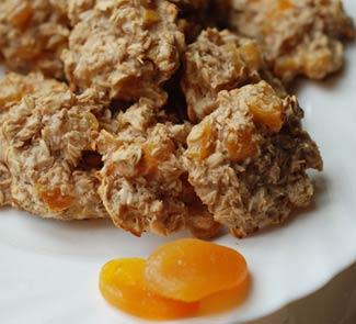 Рецепт Легкое овсяное печенье с курагой