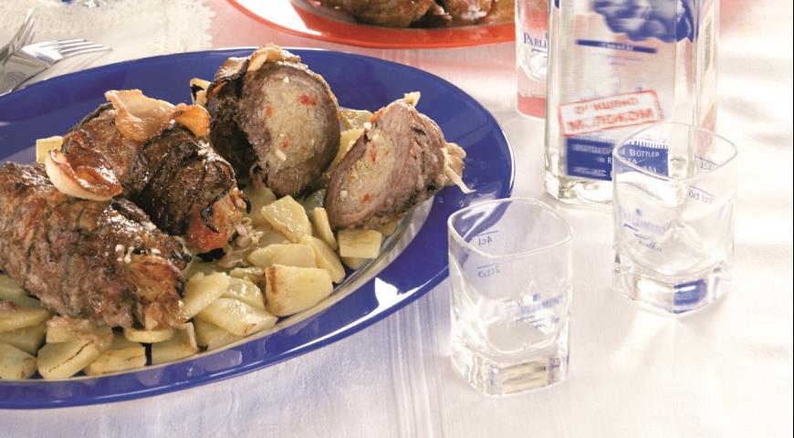 Рецепт Буженина, нашпигованная чесноком, маринованная с мятой и квасом