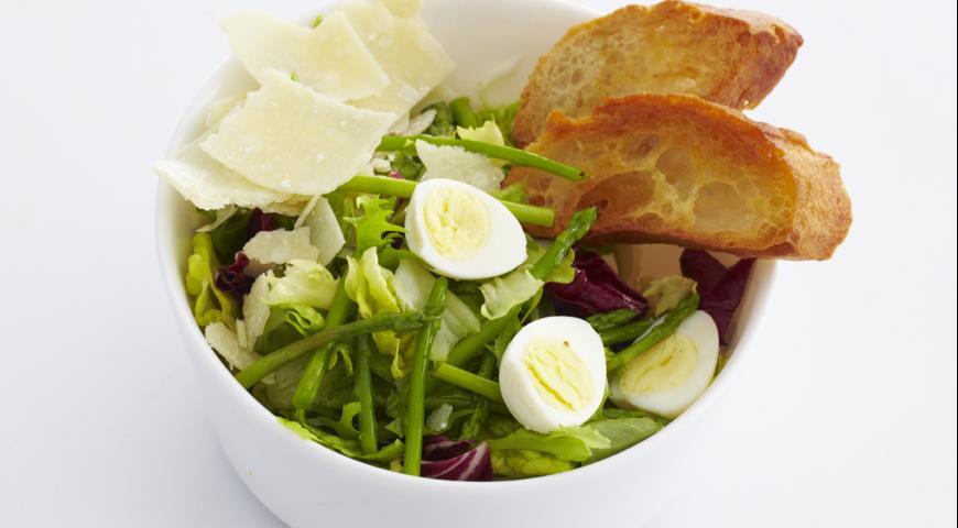 Рецепт Салат со спаржей