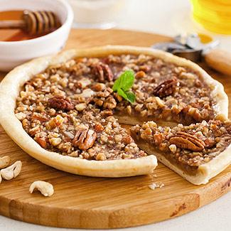 Рецепт Пицца с орехами и медом в мультиварке
