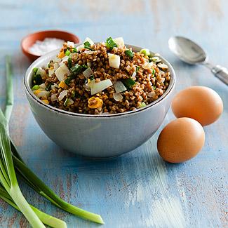 Рецепт Гречка с луком и яйцами в мультиварке