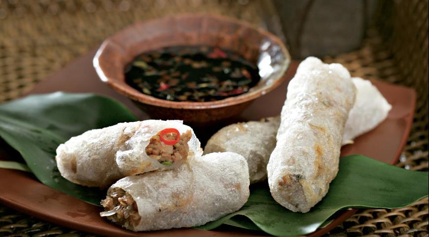 Рецепт Рисовые роллы с креветками и свининой