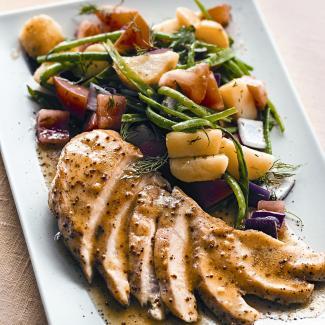 Рецепт Куриное филе на гриле с летним салатом