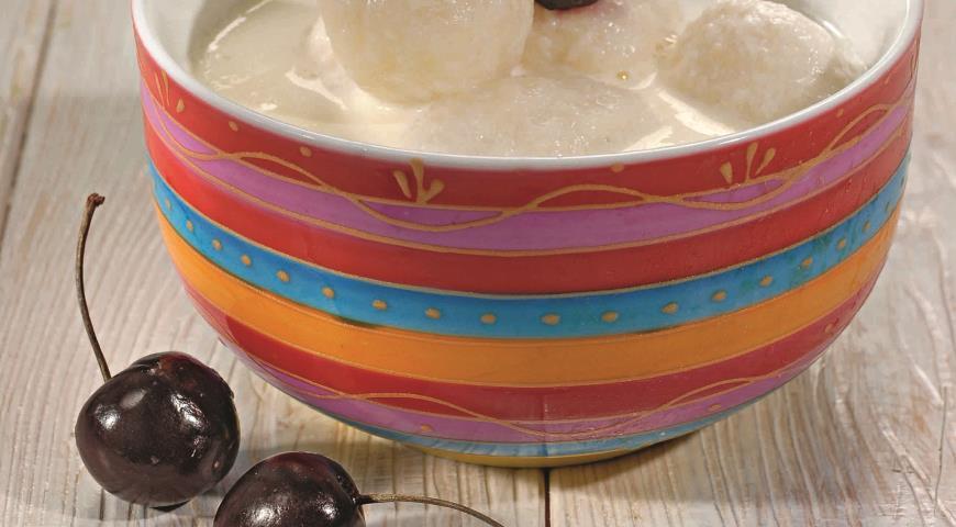 Рецепт Молочный суп с творожными клецками