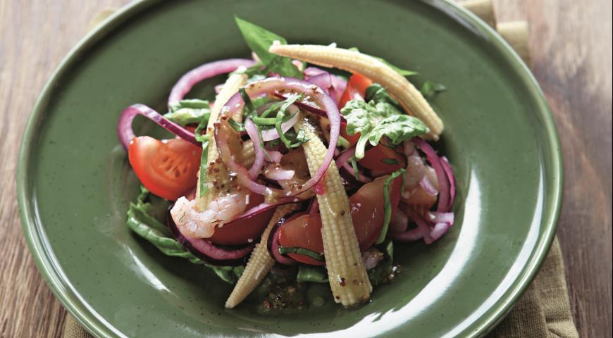 Рецепт Салат с кукурузой, креветками и помидорами