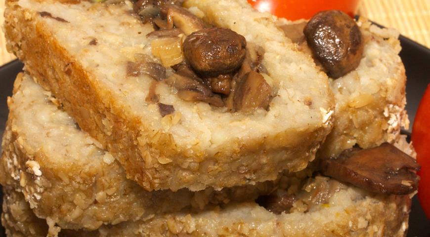 Рецепт Запеченный овсяный рулет с грибной начинкой