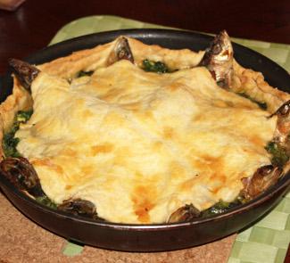 Рецепт Корнуоллский пирог с выглядывающими рыбками