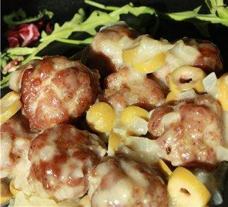 Рецепт Фрикадельки в соусе из оливок