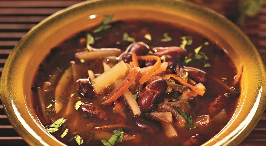 Рецепт Фасолевый суп с кинзой