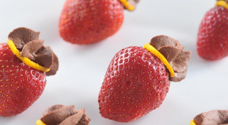 Рецепт Клубника с шоколадным маскарпоне