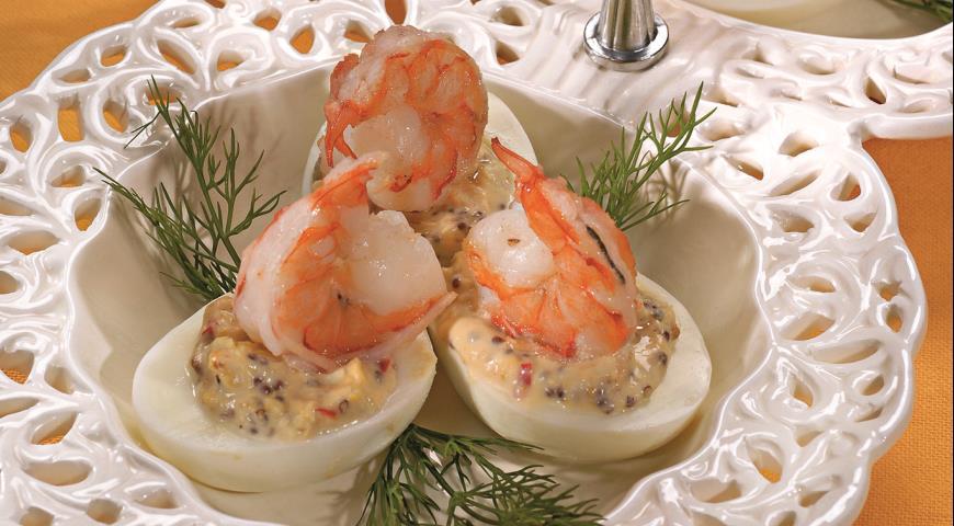 Рецепт Яйца с острой начинкой
