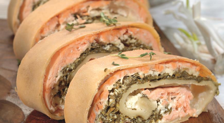 Рецепт Рулет из лосося с сыром