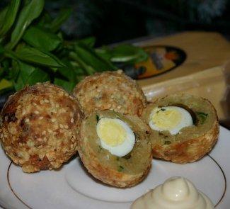 Рецепт Яйца с щавелем в пряной панировке из сыра
