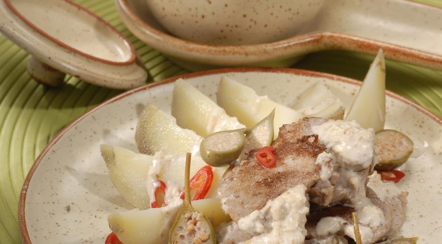 Рецепт Вырезка из свинины с грецкими орехами